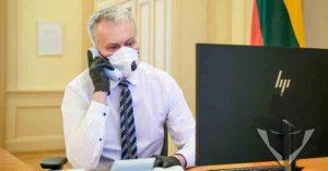 Gitanas Nausėda saugosi mirtino viruso net kalbėdamas telefonu