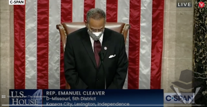 """Demokratų atstovas savo kongreso maldą baigė žodžiais """"amen ir awoman"""""""