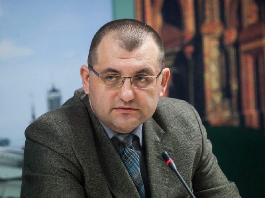 Tarnybine padėtimi besinaudojantis V. Kasiulevičius
